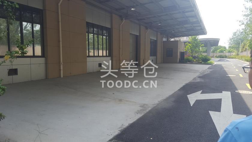 青浦工业园单层厂房出租 层高8.6米 原房东 104地块 有产证 适合仓储加工