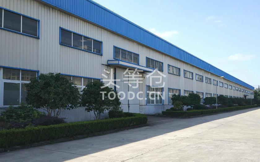 青浦工业园单层厂房出租 租期灵活 可分割 层高13米 有行车 104地块 有产证 配套办公室