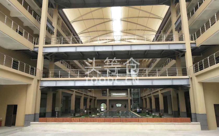 青浦工业园多层厂房出租 带消防喷淋 层高4.5米 104地块 有产证 配套办公室宿舍食堂