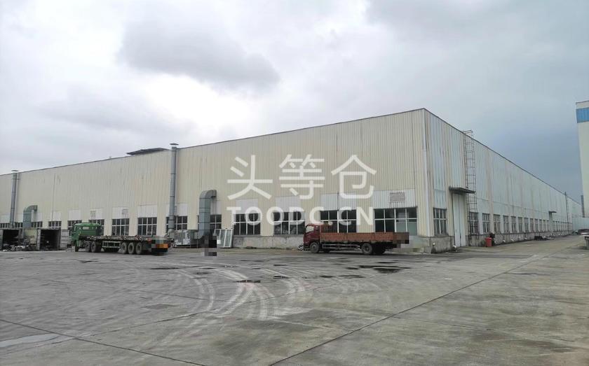 松江新浜单层厂房出租 租期灵活 可分割 层高13.5米 有产证 适合仓储等