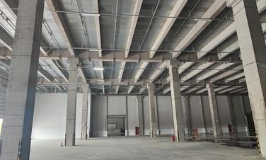 一楼双边卸货,三层坡道库